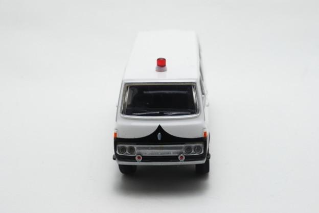 トミーテック_THE CAR COLLECTION 80 TOYOTA HIACE_003