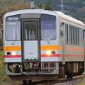 Photos: キハ120形300番台キハ120-329 普通糸魚川行き