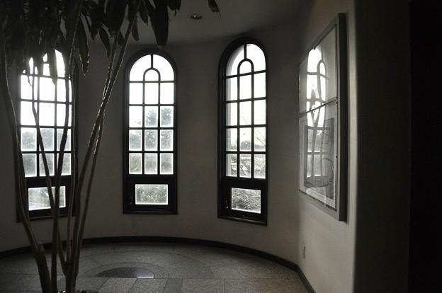 墓地側の出窓