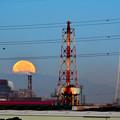 工場の月 (3)