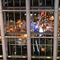 写真: ナディアパークの中から見た、矢場公園「北欧クリスマスストリート」