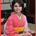 Selena Gomez of a Japanese kimono (200)