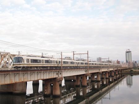 221系快速 東海道本線新大阪~大阪