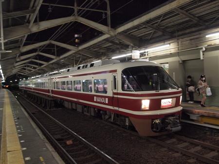 南海30000系特急りんかん 南海高野線新今宮駅01