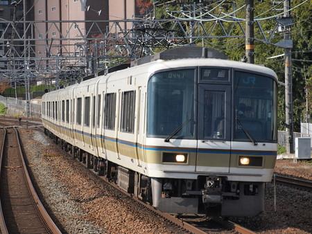 221系普通 東海道本線山崎駅01