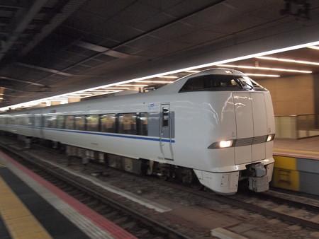 683系特急サンダーバード 東海道本線大阪駅05