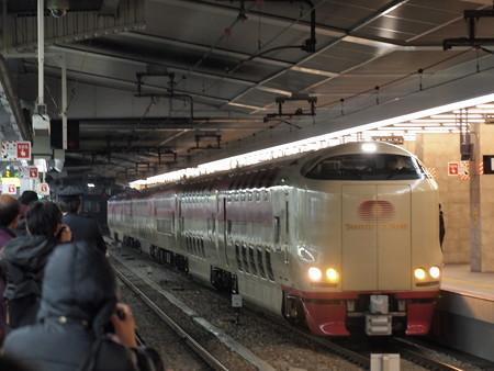 285系サンライズ出雲 東海道本線大阪駅04