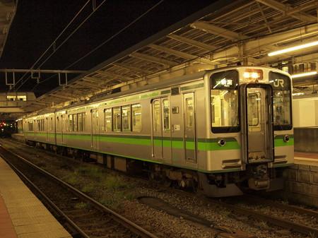 E127系普通 信越本線新潟駅