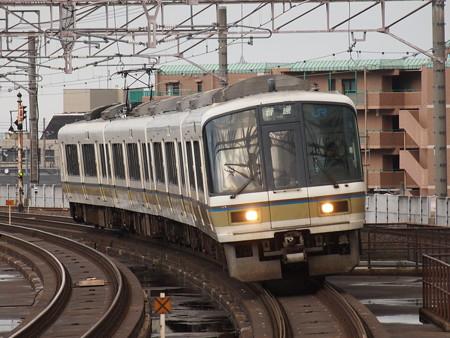 221系普通  湖西線大津京駅02