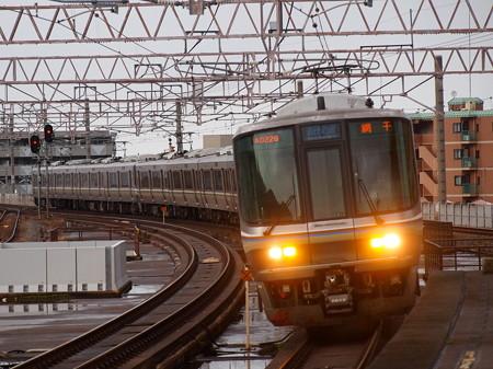 223系新快速  湖西線大津京駅02