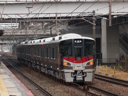 227系試運転   山陽本線舞子駅02