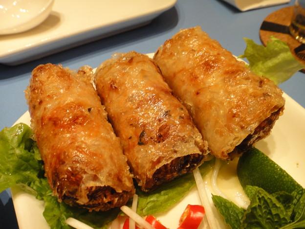 茂名路 越南料理の春巻きアップ