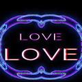 写真: LOVE