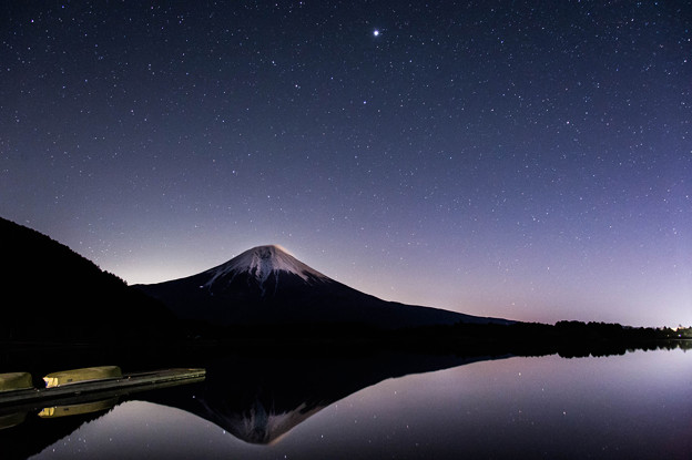 夜の逆さ富士 田貫湖にて