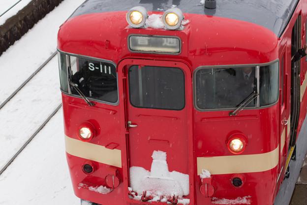 アップで赤電車