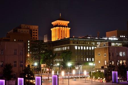 神奈川県庁(キングの塔)