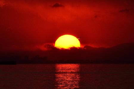 夕日を脱出