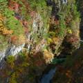 Photos: 鮮やかな渓谷