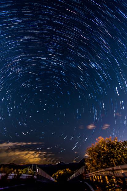 橋と星の軌跡
