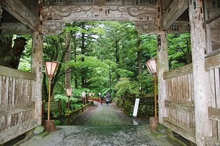 2010年05月23日榛名神社随神門_DSC_1800