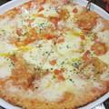 Photos: 6種のチーズのピッツァ