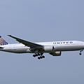 United Airlines Boeing 777-222/ER