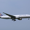 United Airlines Boeing 777-222/ER