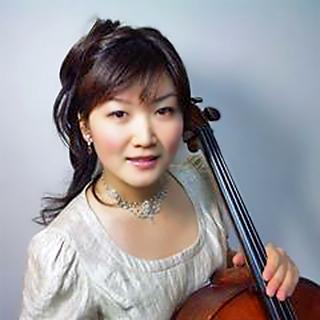 松谷明日香 まつやあすか チェロ奏者 チェリスト        Asuka Matsuya