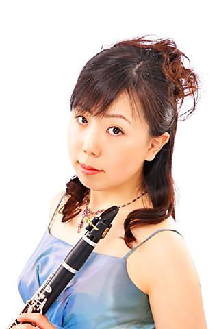 吉岡奏絵 よしおかかなえ クラリネット奏者            Kanae Yoshioka