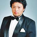写真: 井出司 いでつかさ 声楽家 オペラ歌手 テノール       Tsukasa Ide