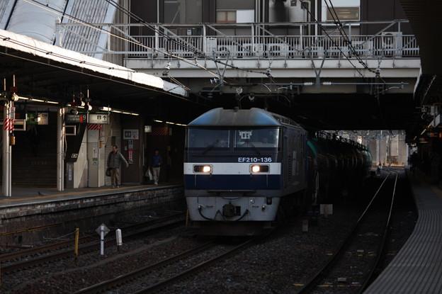 5883レ EF210-136牽引 (2)
