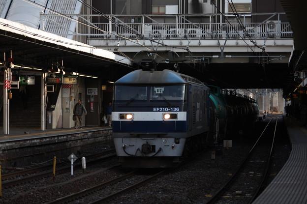 5883レ EF210-136牽引 (4)