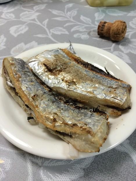 写真: 太刀魚の塩焼き