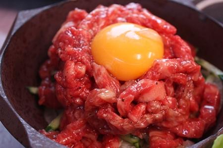 千葉・芝山町 大衆肉料理 大幸/和牛ユッケ 630円(1人前)