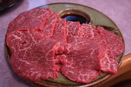 千葉・芝山町 大衆肉料理 大幸/和牛モモ刺身 520円(1人前)