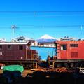 Photos: 機関車と富士山