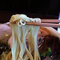 写真: ラーメン櫻島 麺