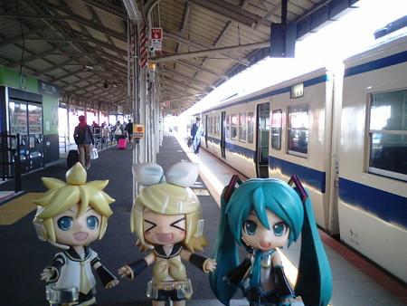 ミク:「下関駅に到着です。九州とサヨナラして、本州に戻ってきまし...