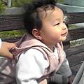 写真: 今日は長男はパパとお祭りに。次男と私は散歩したり公園で、のんびり...