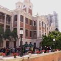 香港大学のキャンパスで