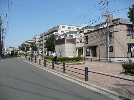 110622-東横廃線 東白楽→反町 (51)