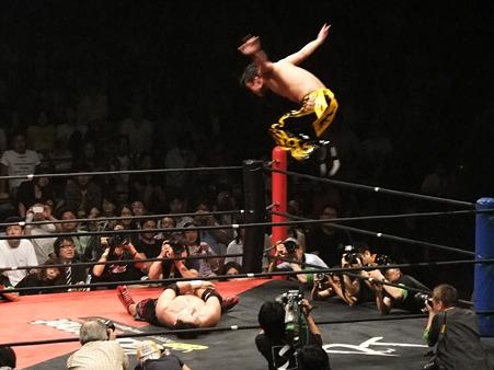 DDT 両国ピーターパン2011 〜二度あることは三度ある〜 KO-D無差別級選手権 石川修司vsKUDO (19)