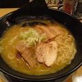 写真: 鶏白湯そば東座@盛岡市で鶏...