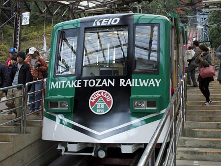 リニューアルした御岳登山鉄道