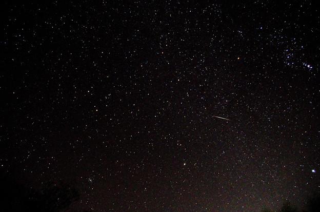東の空・ふたご座と流星