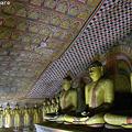 Photos: 仏像と天井画