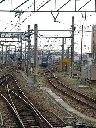 EH200-901(八王子駅)