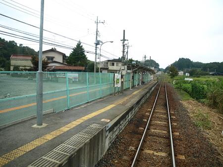 鴻野山駅2