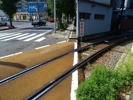 江ノ島→腰越の併用軌道区間1
