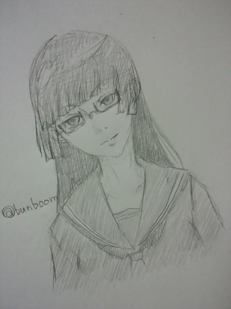 ぱっつん眼鏡セーラー